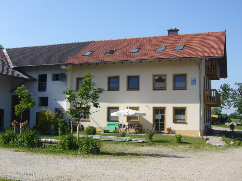 de Gozmanhof in Reichertsheim vóór de installatie van de zonnepanelen.